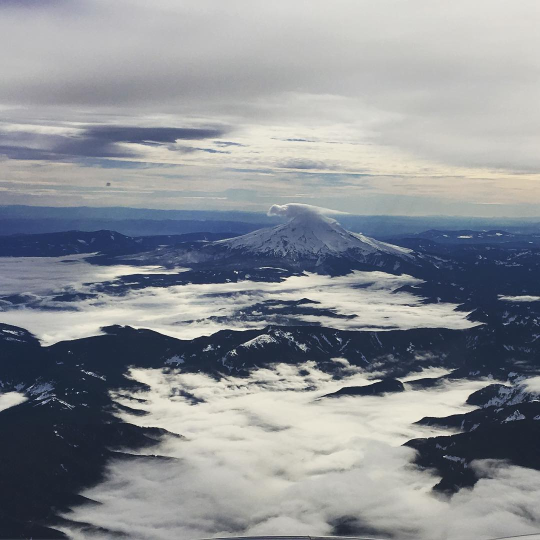Iconic #mthood from the sky covered in #snow @oregonexplored @bestoforegon