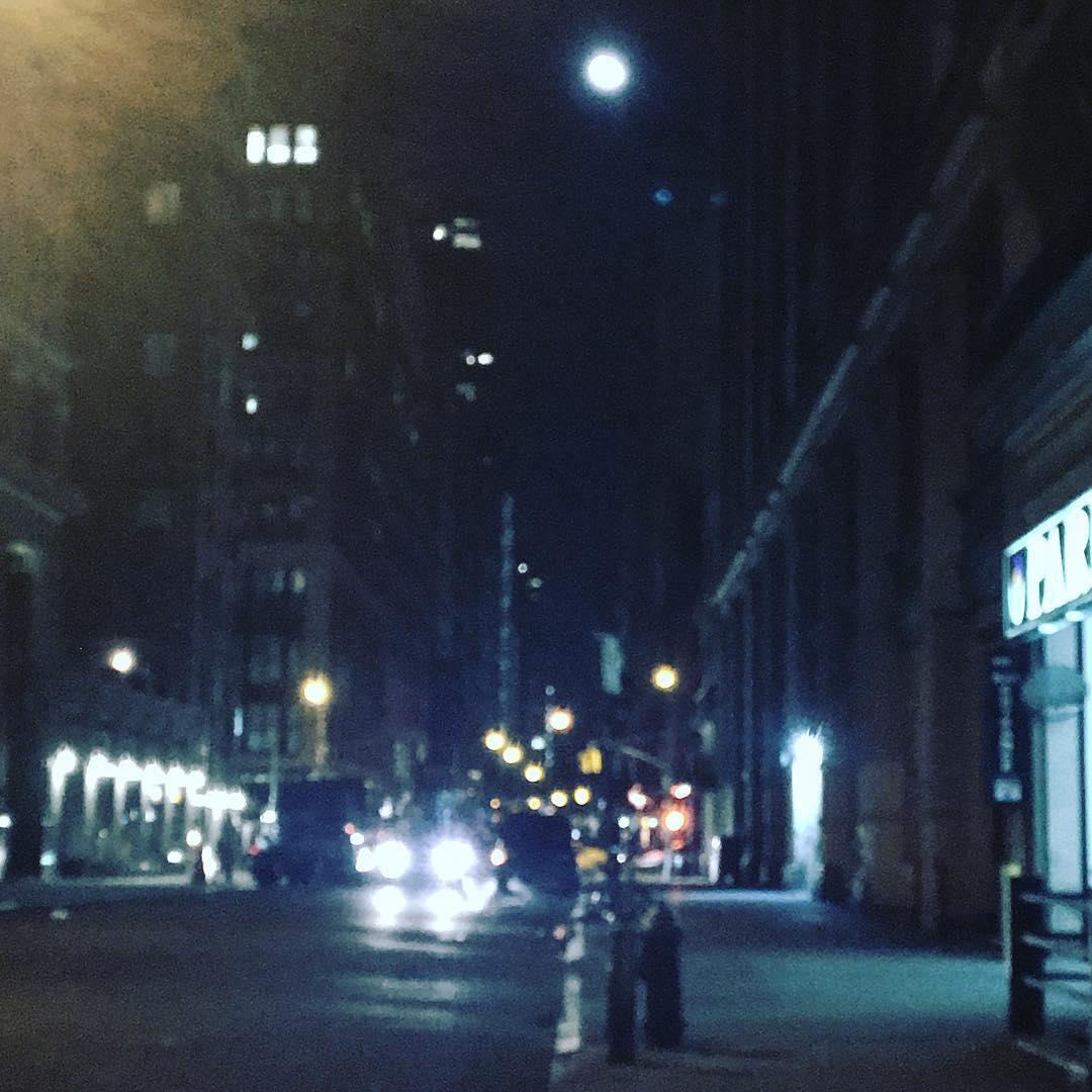 #Chelsea #moon #prettyprettynewyorkcity  #springtimeinwinter