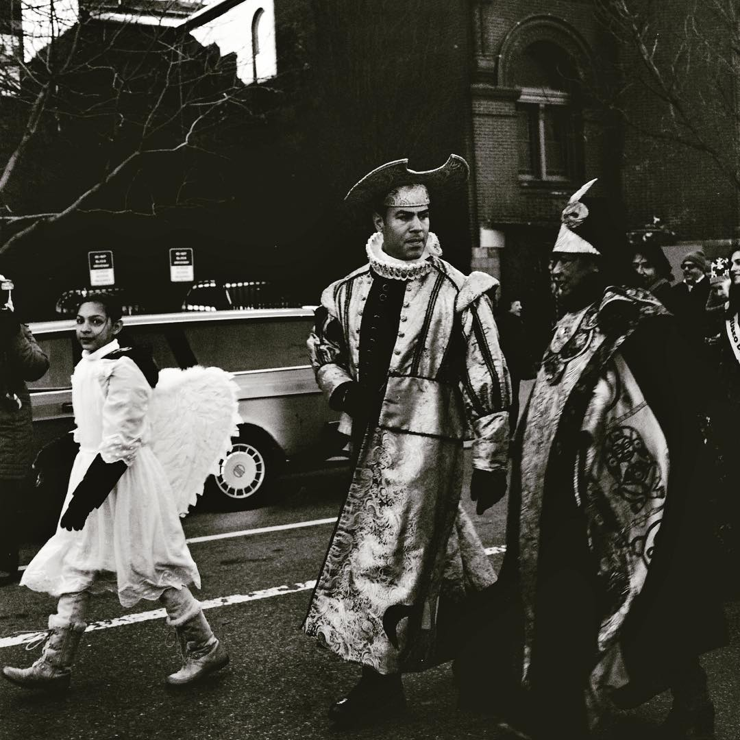 #threekingsday @elmuseo #flashback #bwphotography #hasselblad #blackandwhite #angel #120film #prettyprettynewyorkcity