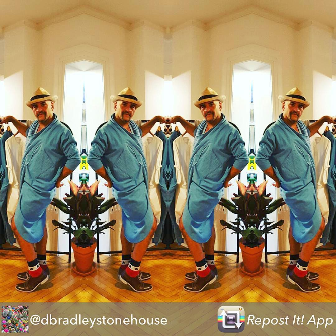 Thanks @dbradleystonehouse for this pic of me @laurahuron @boscosmercantile #fab store in #saugerties #newyork for #firstfriday rocking the @project6ny #kimono ❤️❤️❤ #gay #queer #gay man ️. @Repost from @dbradleystonehouse using @RepostRegramApp - The many images of Sam @ #Samzalutsky @ #Boscosmercantile  #FirstfridayRepost from @dbradleystonehouse using @Repost