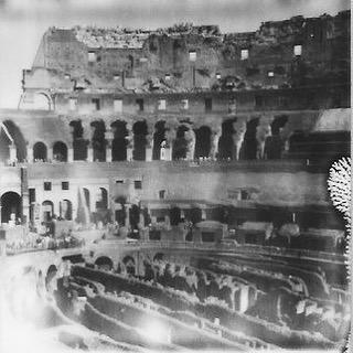 #coliseo #colosseum #Rome #Roma from three weeks ago #shootfilm #bxw #makerealpictures #impossibleproject @impossible_hq #bXw #polaroid #polaroidfilm #sx70 #italy #italia #ancientrealness w/ #spaldingmfa